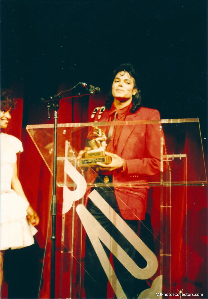 01 1989 BRE Awards Gallery_837_2139305