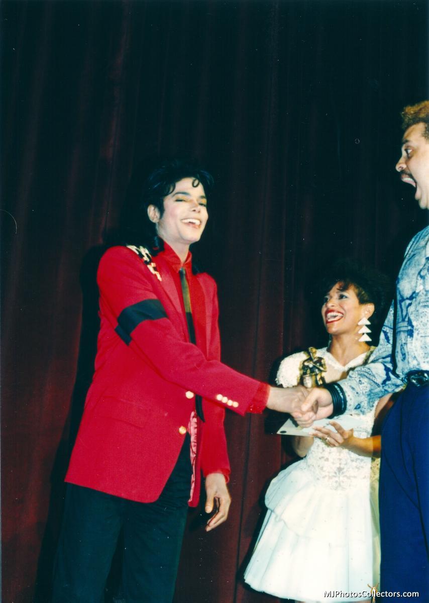01 1989 BRE Awards Gallery_837_32249