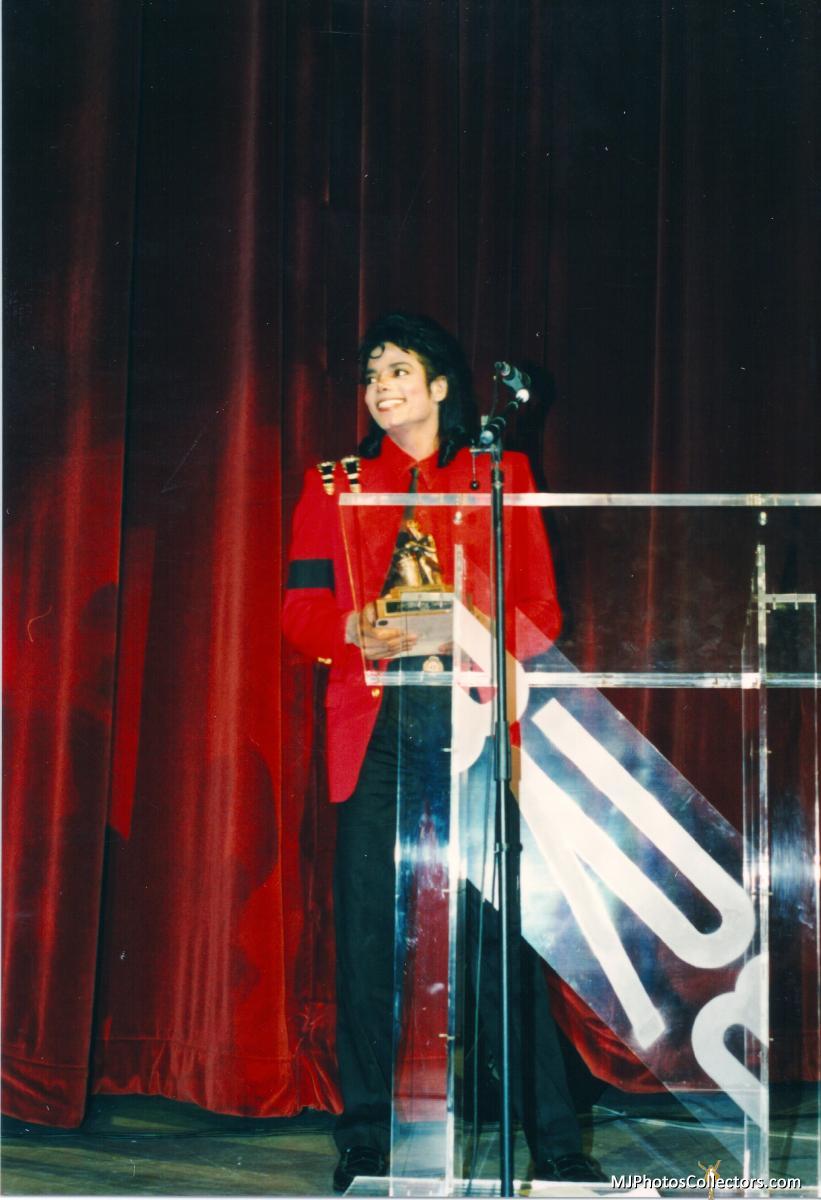 01 1989 BRE Awards Gallery_837_361240