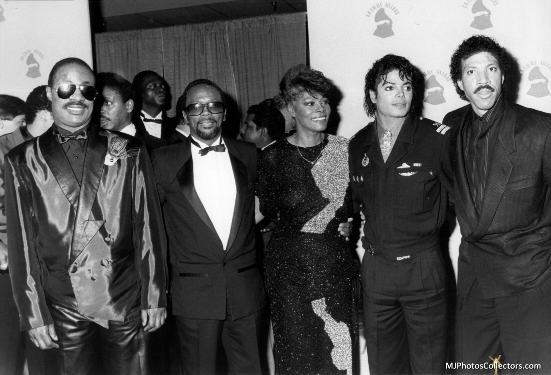 1986- The 28th Grammy Awards Gallery_1743_303_158474