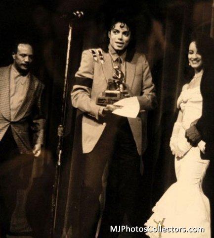 01 1989 BRE Awards Gallery_778_837_3548
