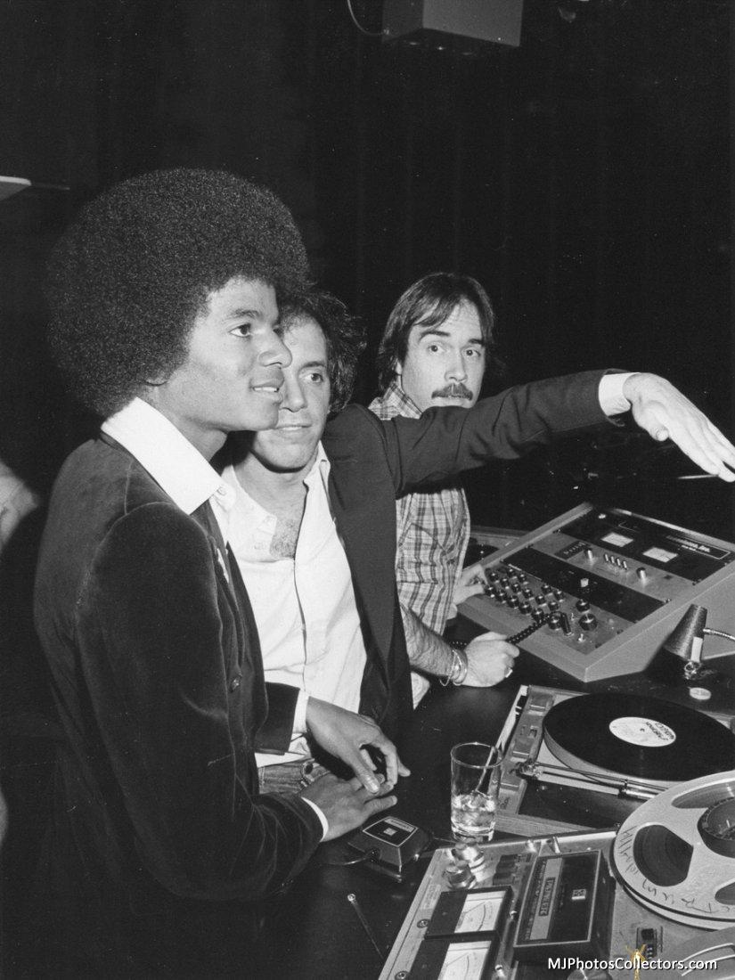 1977 Beatlemania Party Gallery_72_969_122883